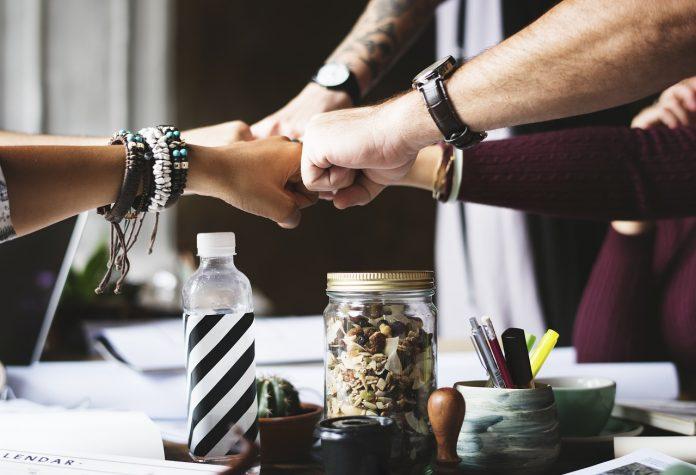 שיווק בתוכנית שותפים – חסכון בשיווק העסק שלך