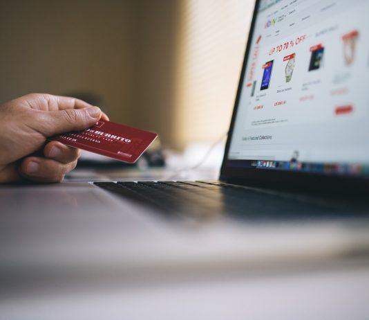 חיוב חוזר בכרטיסי אשראי
